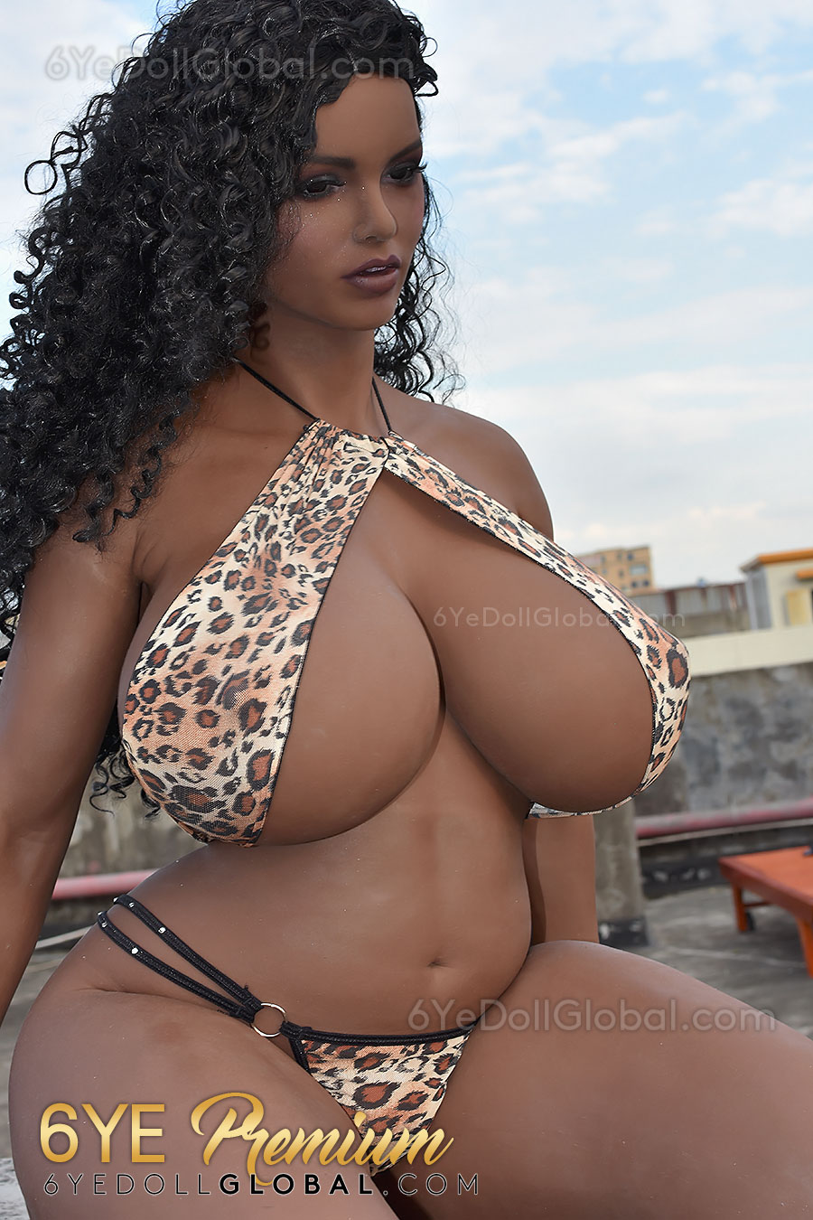 Ebony sex doll